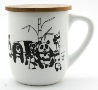 u-mug-with-lid_pandas_01_img_6706