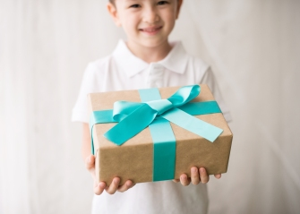 Gift-It-Forward Gift Giving